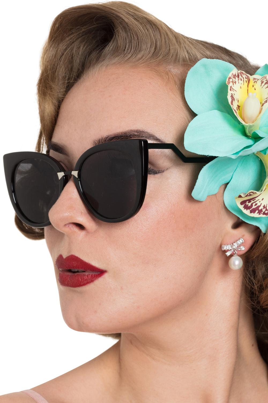 Elegant Pearl & Bow Earrings